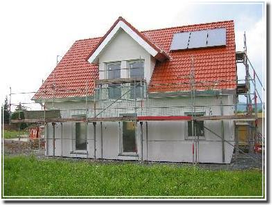 Dach mit Zwerchgiebel